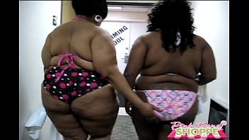 thick bitch p2 ebony ass Ebony riding white dick