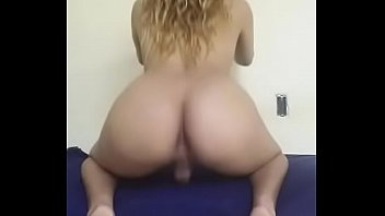 se to travesti coje a Finger tip penis