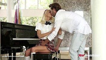 school incest japan Trio con amiga argentina lorena