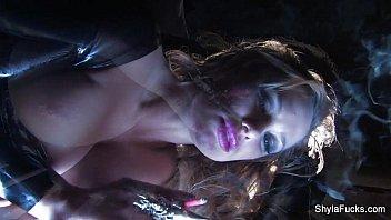 strip shyla stylez Nikki sims oil