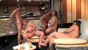 pecah jupe perawan Jovenes follan en cuarto po primera vez casero