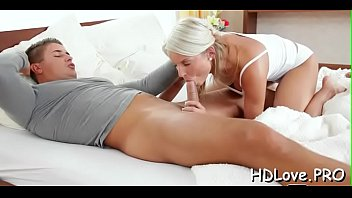 thick sits accountants blonde cock hoe on L raped in train japanese