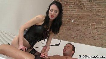 video vidya sex Gaymaster slave dog