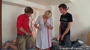 love old grannies who cock Cum on co worker