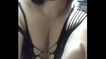 seduces tia sobrina7 Move your ass cam girl