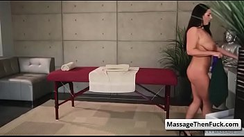 massage xvideoscom white japaneese women a in 3 parlor Adolescente spycam voyeur