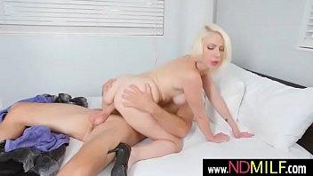 sunny leonen tube dwonlod patrol porn Horny beauty gets pissed on by tw
