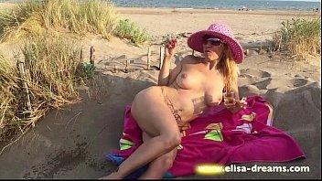 penis in flashing beach Dad sicind waif faking hd
