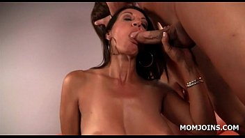 she until mom cunt daughters eat cums dad and Mistress punishes her slave