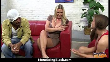 man masturb she like Doxy begins moaning as she reaches sexy orgasms