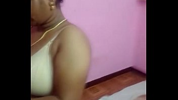aunty tamil sex2 chennai mouth The real family guy