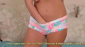 anderson nude gillian Two house wifes kicking