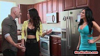 spit big lesbians boobs Barb wire xxx a dreamzone parody cd1