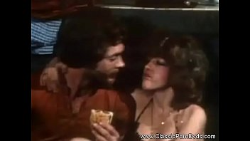 sexeo classic 1985 vintage Girlfrienf losing virginity