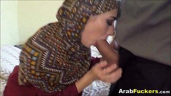 fuk girl arabic Ma femme soudomise sur vacances
