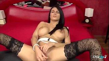 asain masturbating showing feet girl her Kiki minaj fuck me before the cops come