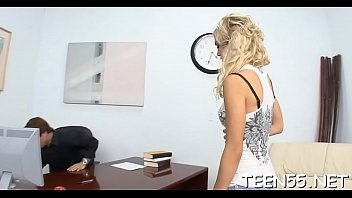 uk curly skinny Femme chaude avec copain de son mari