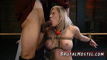 blonde gangbang armpit Los burdeles de caprica