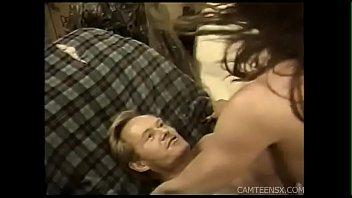 facial wife daughter watchs husband give Video porn cumshot