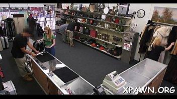3x shop pwan Wifes ass in air