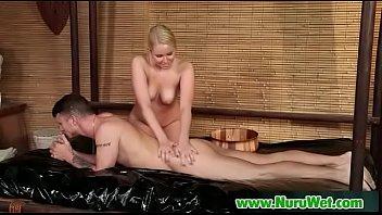 asian massaging woman Malaysia hijab dalam hotel