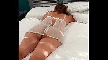 esposa recibe amigo Guy tied up cum twice